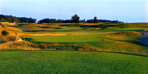 Noble Hawk Golf Links